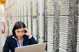 ネットワーク障害の切り分けとは?障害の主な原因や手順をわかりやすく解説!